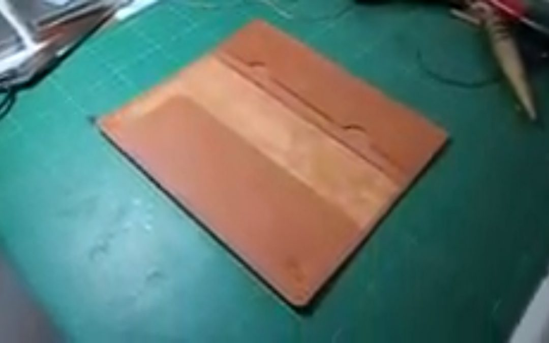 Training to make leather wallet